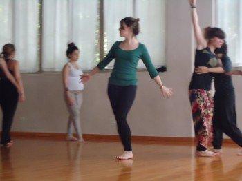 Danzaterapia: Un proceso hacia el autoconocimiento y el encuentro.
